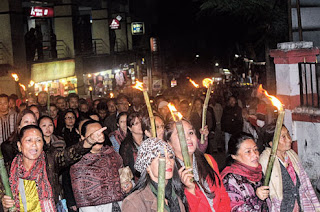 Gorkha Janmukti Morcha supporters  torch rally in Darjeelinng