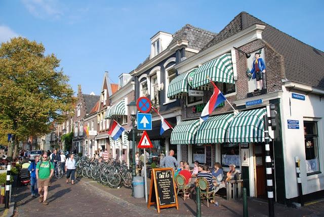 Ruelas de Muiden na Holanda