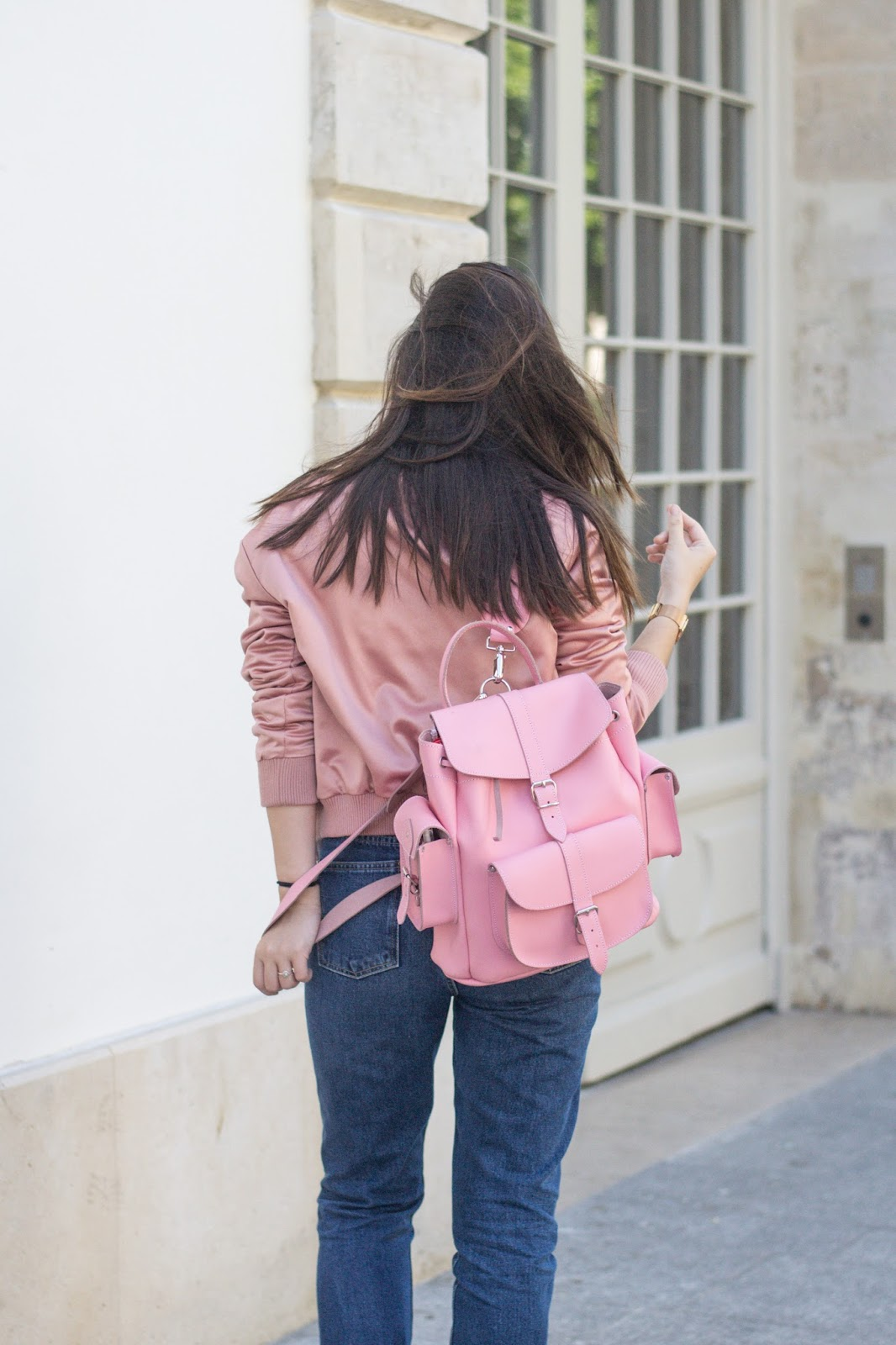 Parisian fashion blogger-look-meetmeinparee-paris-pink outfits-how to wear pink