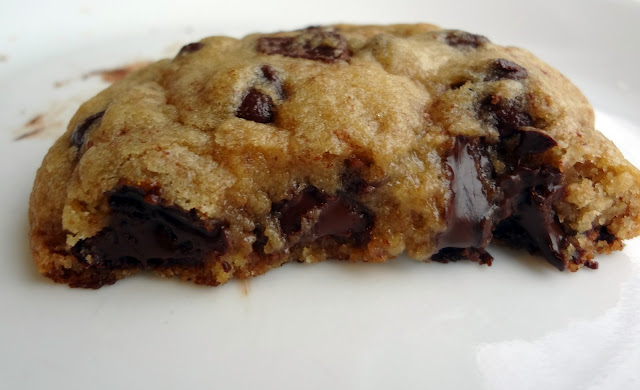 Big, Thick, and Chewy Chocolate Chip Cookies