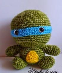 http://eltallerdecoser.blogspot.com.es/2014/09/patron-tortugas-ninja.html
