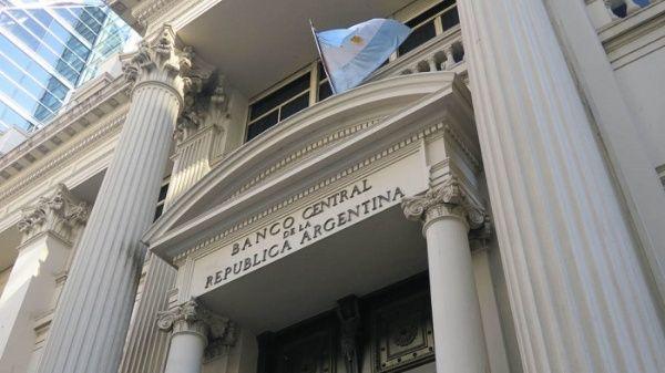 Argentina acuerda swap con China para frenar el alza del dólar