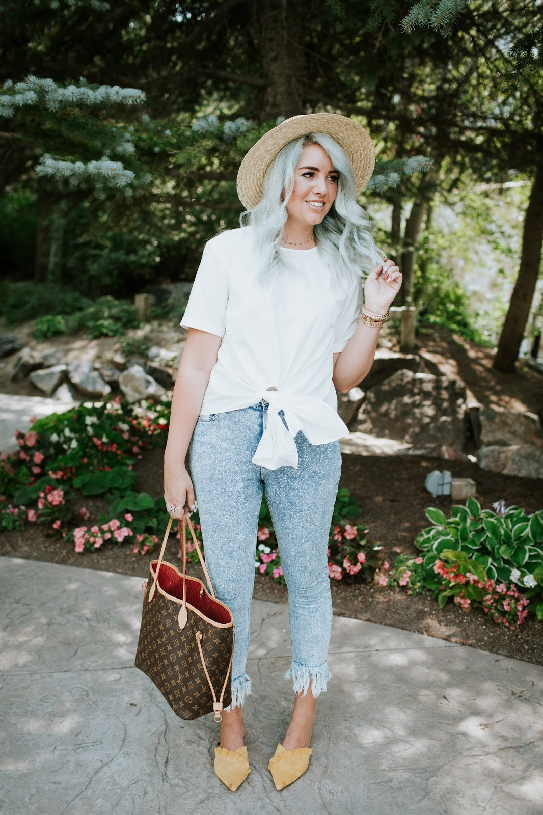 Fringe jeans, Utah Fashion Blogger, Light jeans