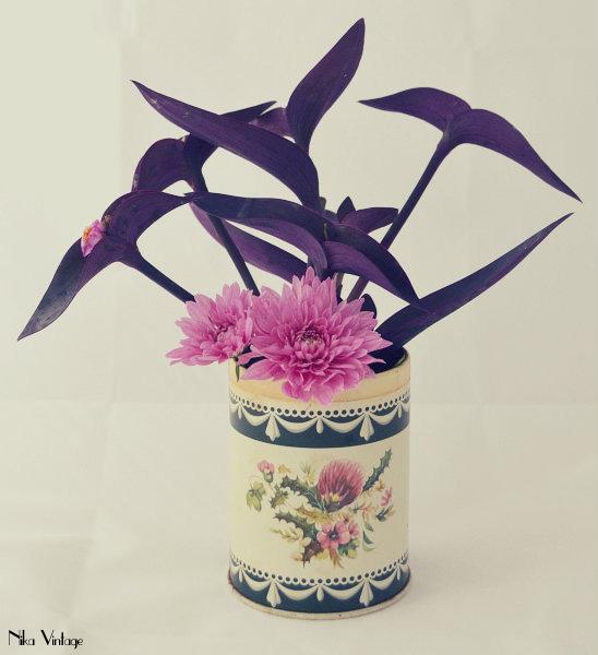 diy, hazlo tu mismo, arreglo floral, bote metalico, flores,