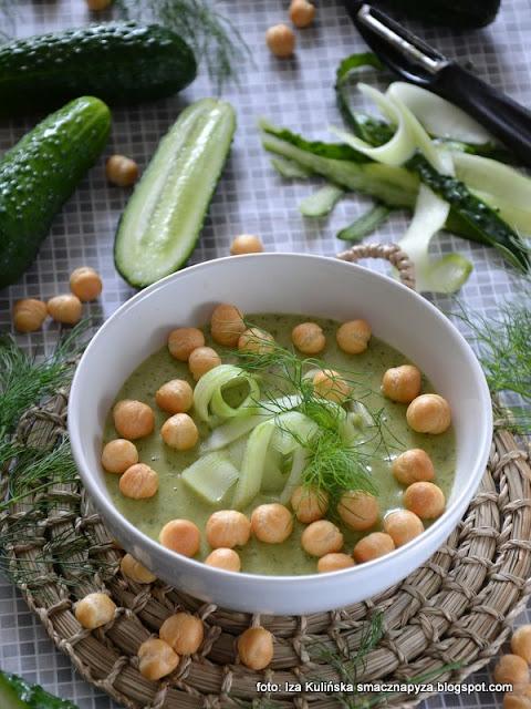 kremowa zupa z zielonych ogórków , zupa ogórkowa , krem ogórkowy , ogórki gruntowe , ogórki świeże , obiad , kuchnia polska , domowe jedzenie , prosty przepis , najlepsze przepisy