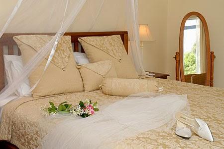 desain kamar sederhana bagi pasangan baru