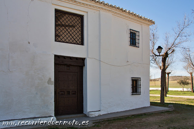 Puerta manchega, Cristo del Valle, Tembleque