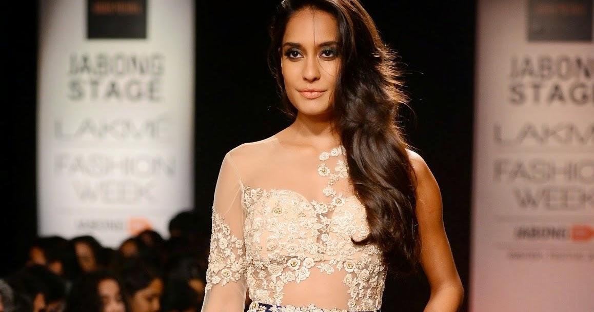 Ridhi Mehra Lakmé Fashion Week Winter/Festive 2014