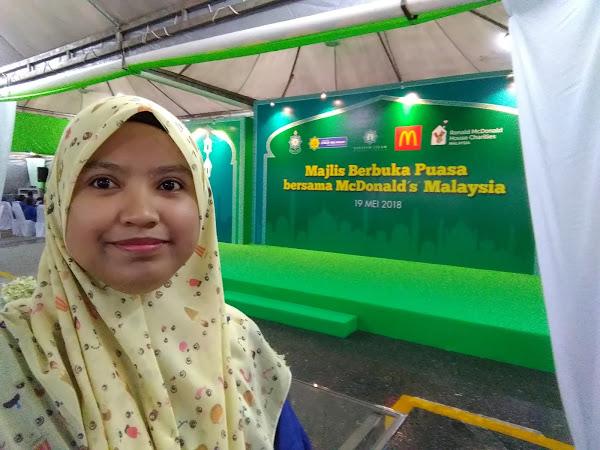 McDonald's Malaysia meraikan anak yatim dan asnaf berbuka puasa.