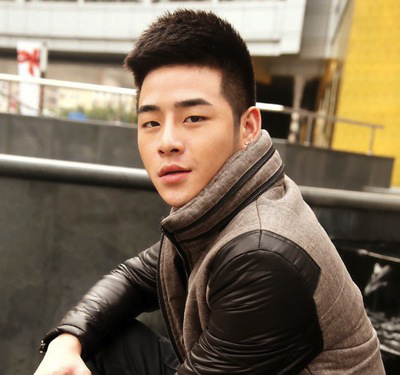model+gaya+rambut+korea+short+mohawk