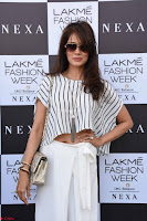 Lakme Fashion Week 2018   Vidya Malvade gouc6q ~  Exclusive 002.jpg