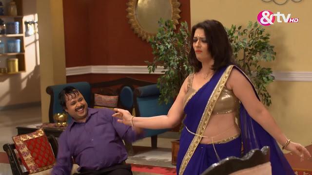Tv Actress Falguni Rajani Hot Sexy Deep Navel & Boobs In
