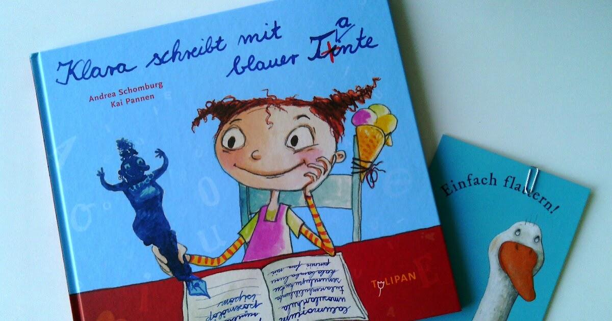 Pamelopee Klara Schreibt Mit Blauer Tante