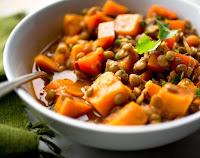 Ensopado Picante de Batata-Doce com Lentilhas (vegana)