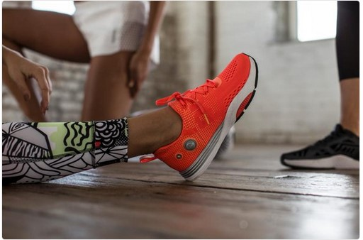bd5326d74956 A digital Marketing Analysis for Running Shoes  Analysis of ASICS vs ...