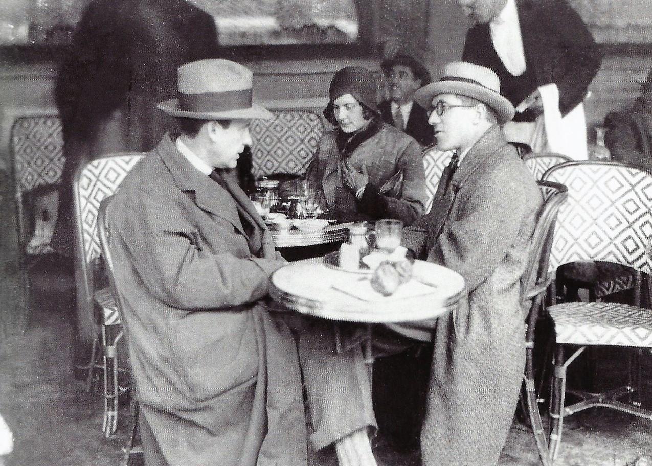 Bespectacled Birthdays Charles Edouard Jeanneret Gris Aka Le