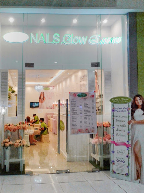 nails-glow-sm-city-baliwag