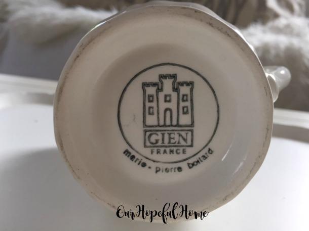 makers mark Gien France Filet Bleu pattern creamer Marie-Pierre Coitard