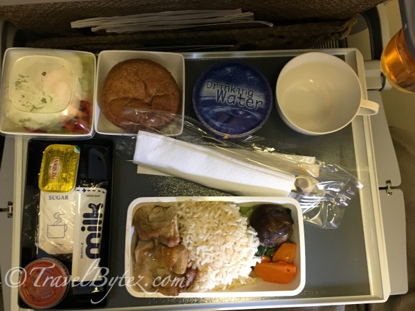 Singapore Airlines Economy: Hong Kong here we come!