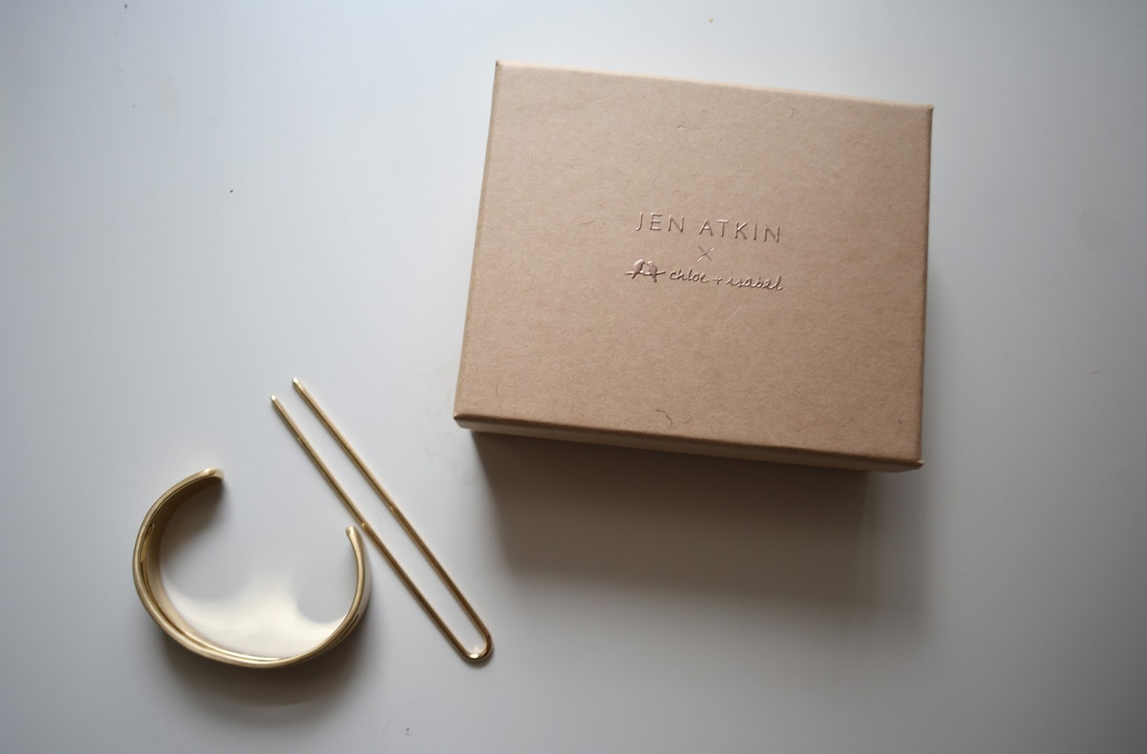 Jen Atkin x Chloe + Isabel Bun Cuff, bun cuff, cuff de moño, gold bun cuff