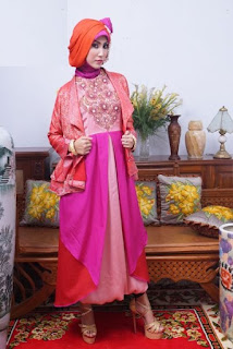 Model Kebaya Wisuda Dress