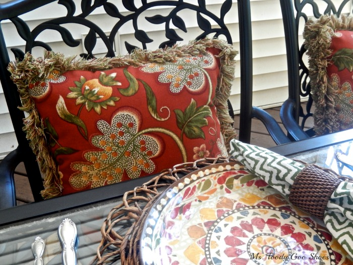 10 Ways To Perk Up Outdoor Living Spaces Ms Toody Goo