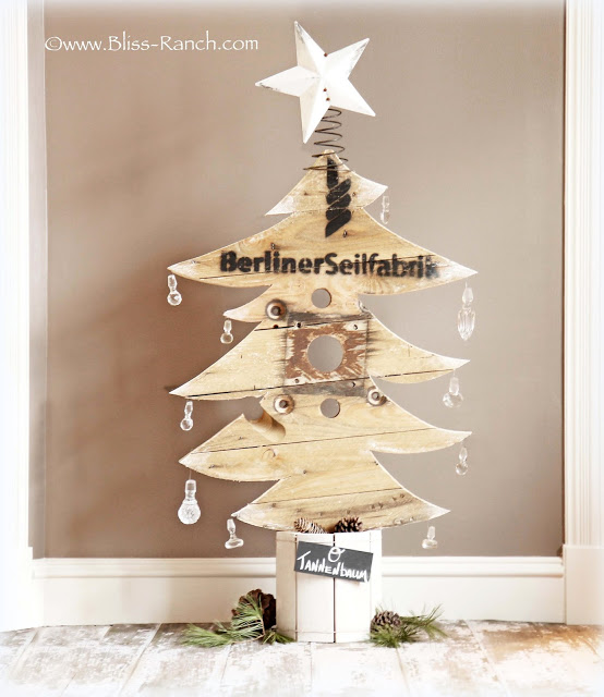 Wood Spool Christmas Tree, Bliss-Ranch.com