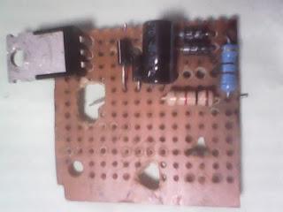 Resitor dan Capacitor sudah terpasang