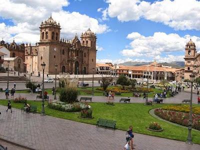 Praça das Armas, centro de Cusco, a capital Inca