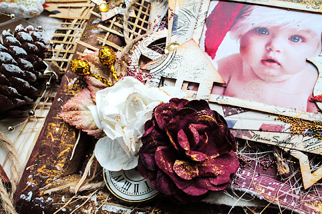 @marinasyskova #scrapbooking #alterart #mixedmedia #christmas #photoframe