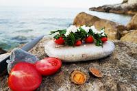 Σαλάτα με κρίταμα, ντομάτα και φέτα - by https://syntages-faghtwn.blogspot.gr