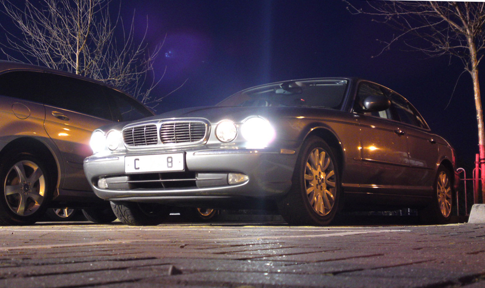 chris haining writes driven 2004 jaguar xj8 4 2 se 1998 Jag XJ8 driven 2004 jaguar xj8 4 2 se