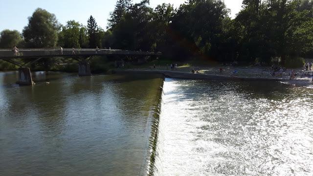 Ausflugsziele in München: die Isar an der Marienklause