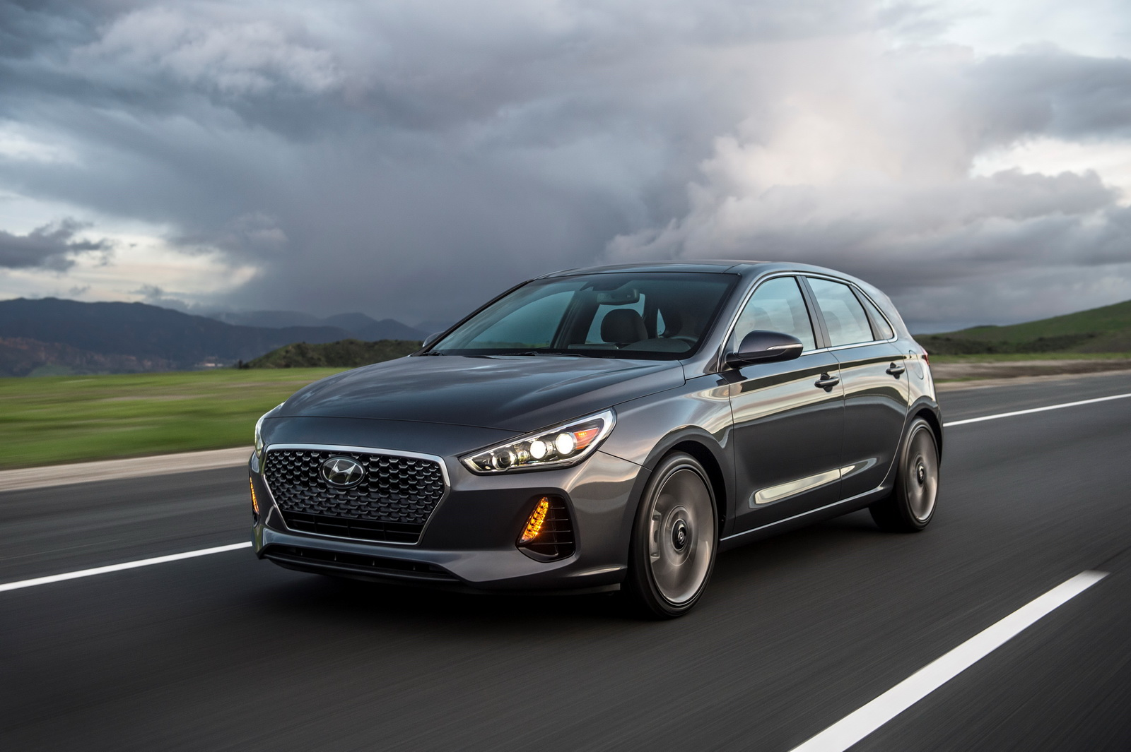 2018 hyundai elantra gt priced from 20 235 gt sport from 24 135. Black Bedroom Furniture Sets. Home Design Ideas