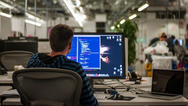 Seiring dengan perkembangan teknologi yang semakin  Cara  Belajar Komputer/Laptop untuk Pemula