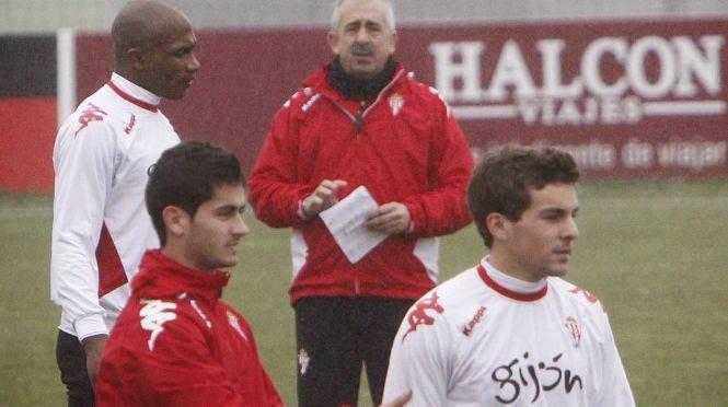 """Entrevista a Juan Muñiz, jugador del Real Sporting de Gijón, en """"el diván de Kike Rogado"""""""