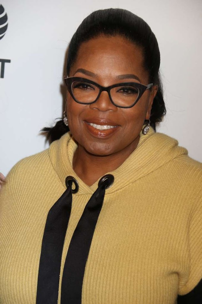 Oprah Winfrey went to the bank for the first time in 29 years! Watch