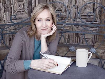 J. K. Rowling sikerei és nehézségei