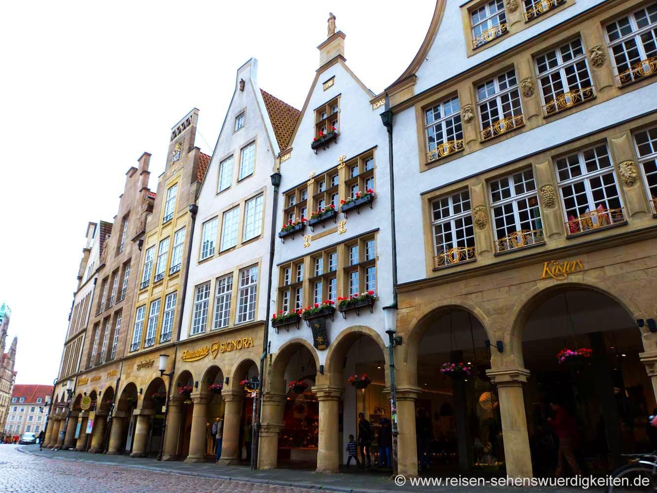 Münster Sehenswürdigkeiten, Giebelhäuser am Prinzipalmarkt in Münster