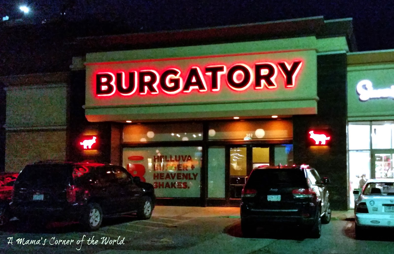Burgatory Is In A Little Strip Mall With Few Other Chain Restaurants Near Pittsburgh S Por Robinson Centre There Are So Many Food Options The