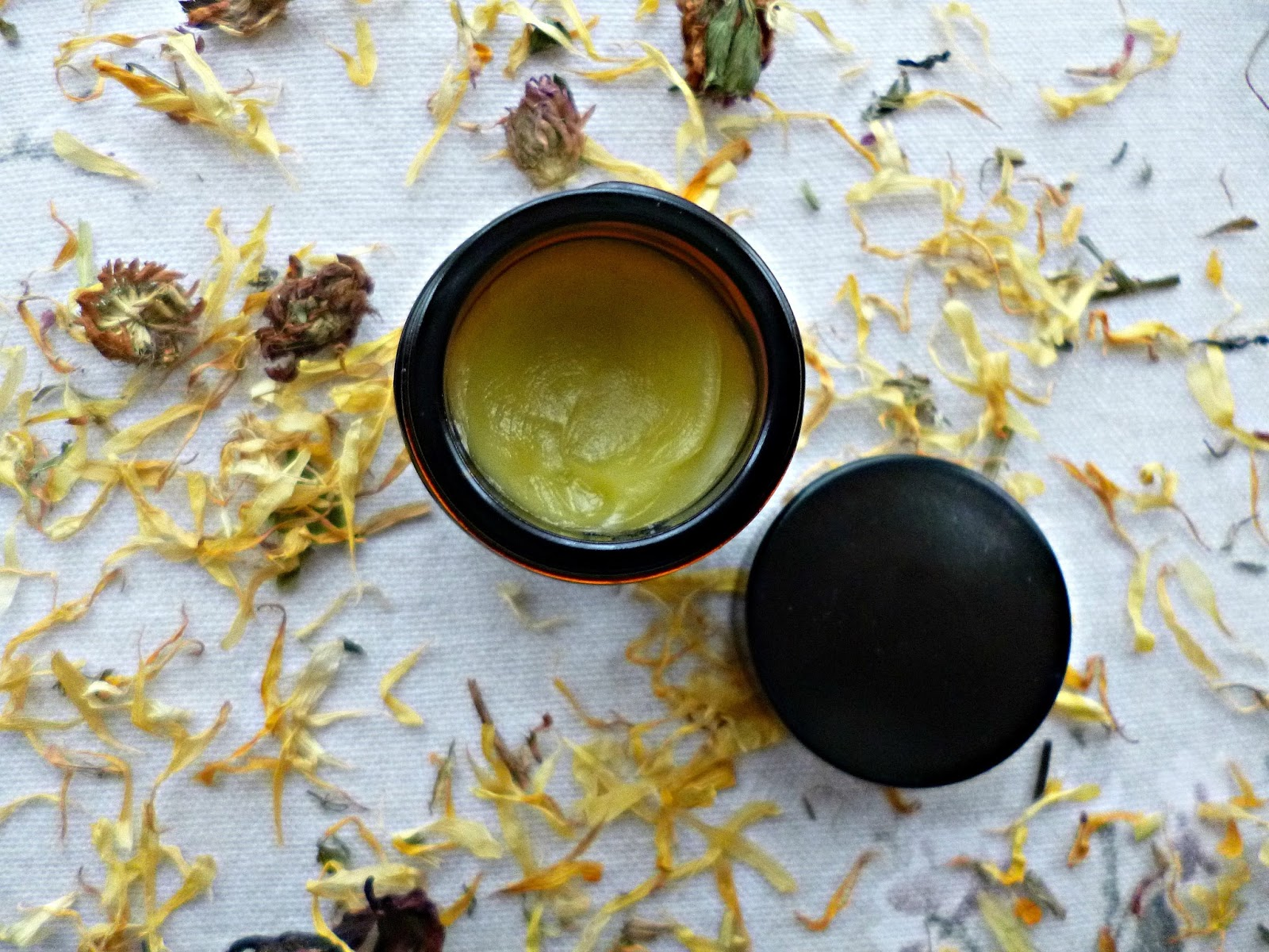 Niche Beauty: Fisika Revitalising face cream with lavender