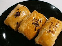 Cara Membuat Kue Banana Bollen Mini renyah Sederhana 2017
