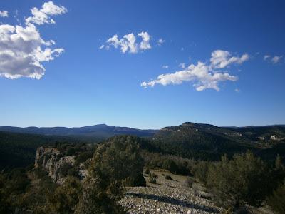 Vistas al norte desde el Cerro de Enmedio (Campillos - Sierra, Cañete)