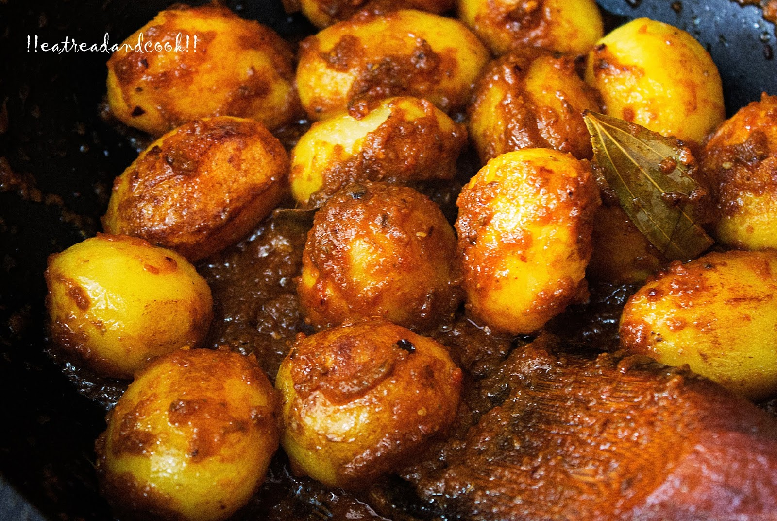 how to cook dum aloo