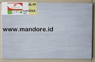 Keramik Dinding Kamar Mandi 25x40 Cm 8