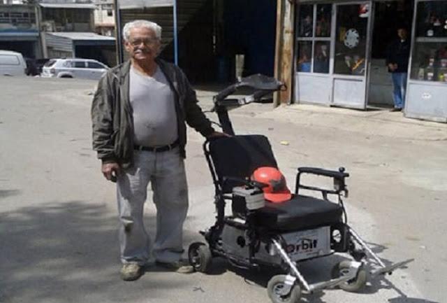 بالفيديو-مخترع من السويداء يصمم كرسيا لحالات الشلل الرباعي يتحرك وفق حركة الرأس