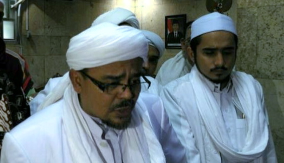 Lawan Kriminalisasi Ulama, Pengacara Habib Rizieq Shihab Lakukan 3 Serangan Balik