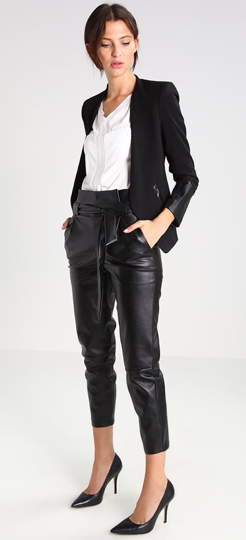 Pantalon femme simili cuir noir Kiomi