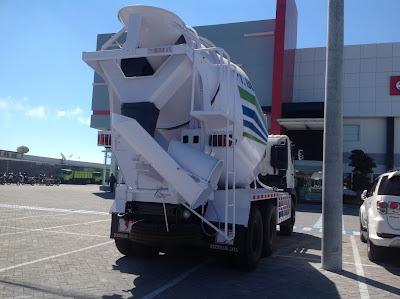 truk mixer hino ranger 7 kubik surabaya