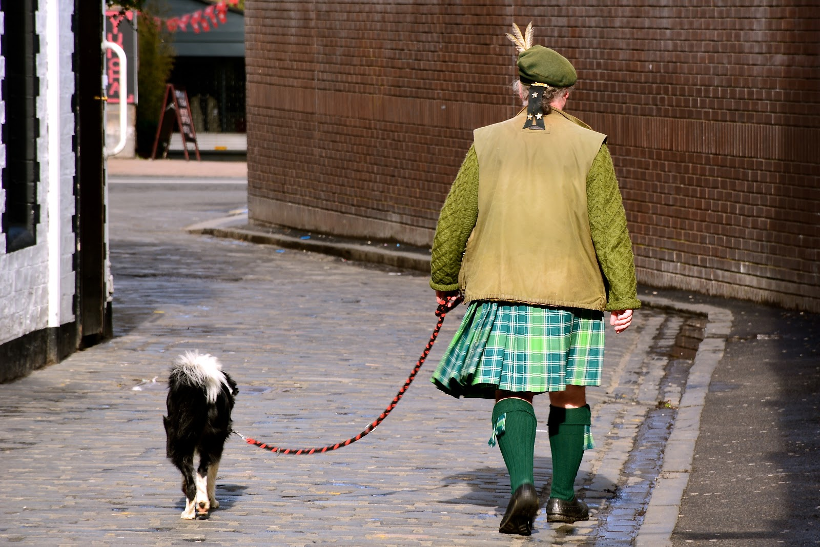 Wearing a kilt in Glasgow